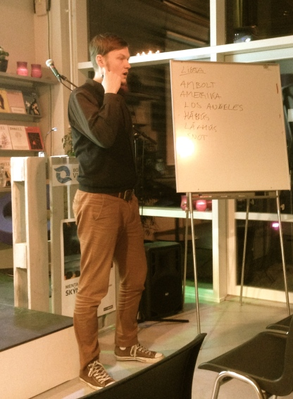 Kjartan Hansen greiðir frá um Poetry Slam